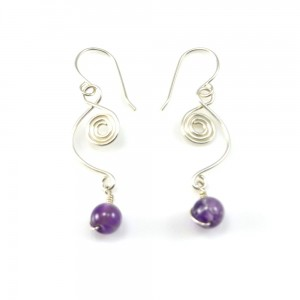 950 silver wirework earrings with Amethyst stones by Coco Paniora Salinas of Rumi Sumaq