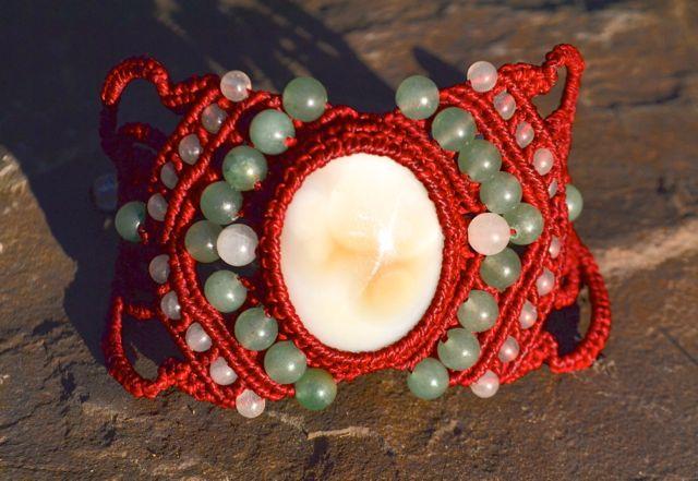 Rumi Sumaq macrame bracelet by Coco Paniora Salinas of rumisumaq.com