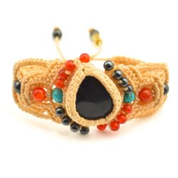 Macrame bracelet by Coco Paniora Salinas of Rumi Sumaq rumisumaq.com