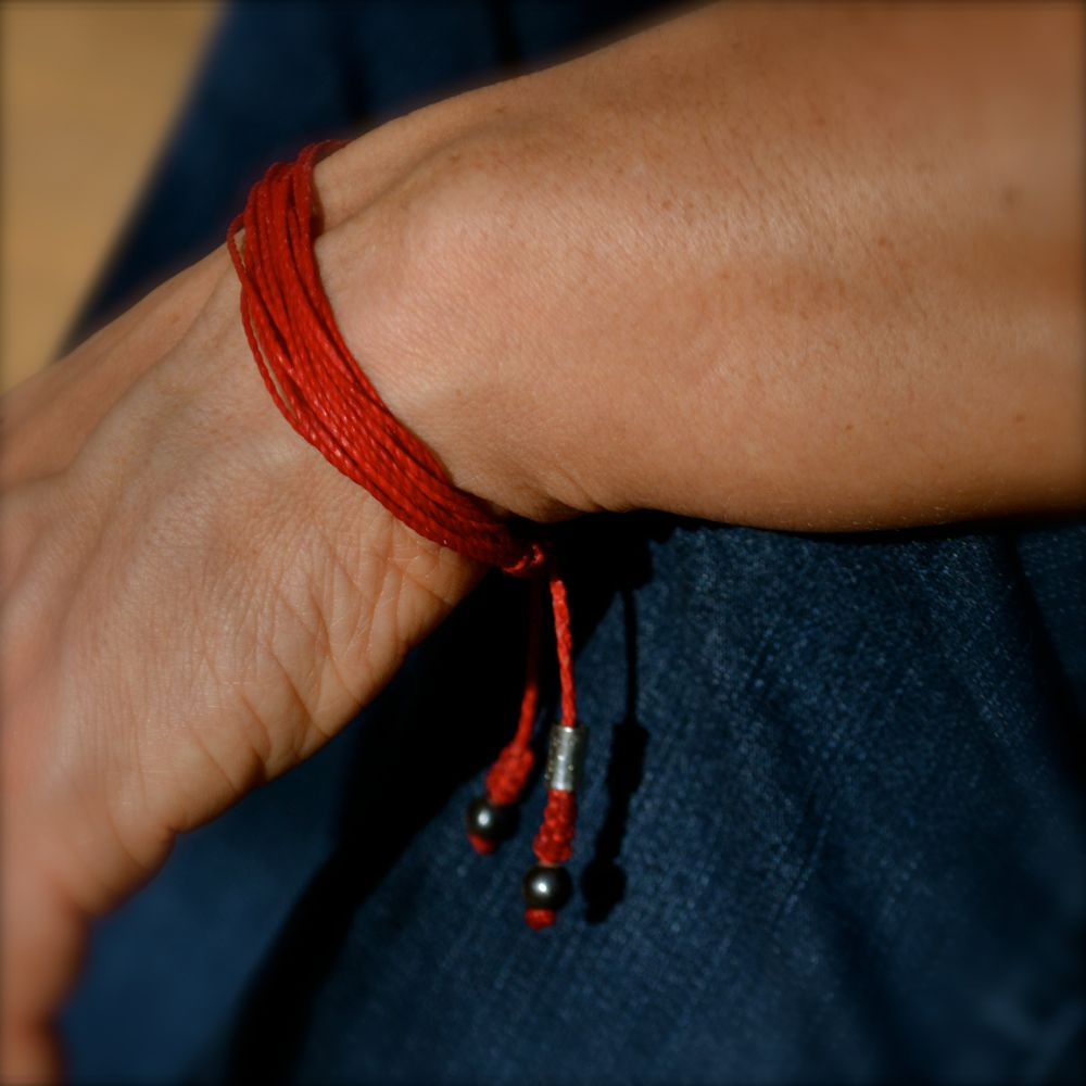 Red String Bracelet for Men and Women by Rumi Sumaq