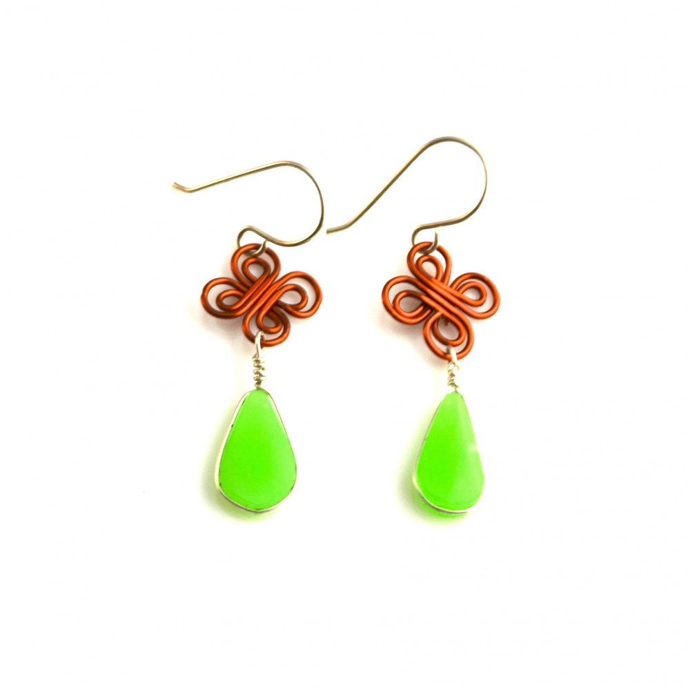 Umiña silver and copper wirework earrings with Chrysoprase stones by designer Coco Paniora Salinas of Rumi Sumaq rumisumaq.com